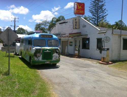 Somersby_Bus_Coffs-Harbour_On-the-road