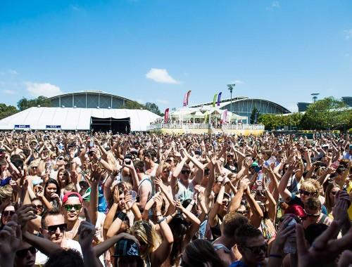 Vodka-Cruiser_Queenslander_Stage