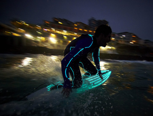 strongbow-night-surfing7